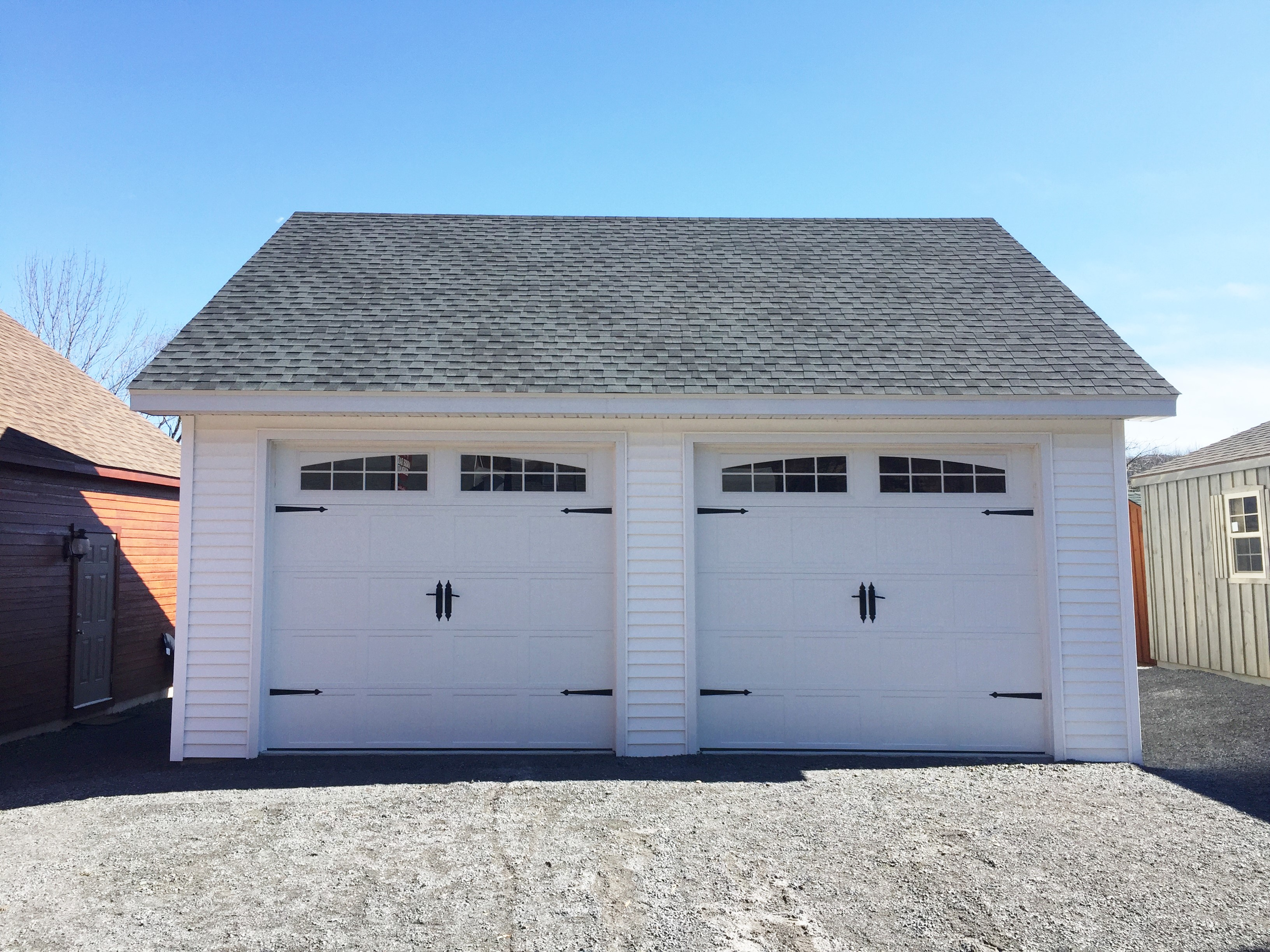 Built on site custom amish garages in oneonta ny amish for Cost to build a garage st louis