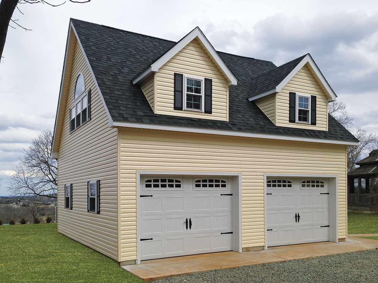 Built on site custom amish garages in oneonta ny amish for Two story two car garage