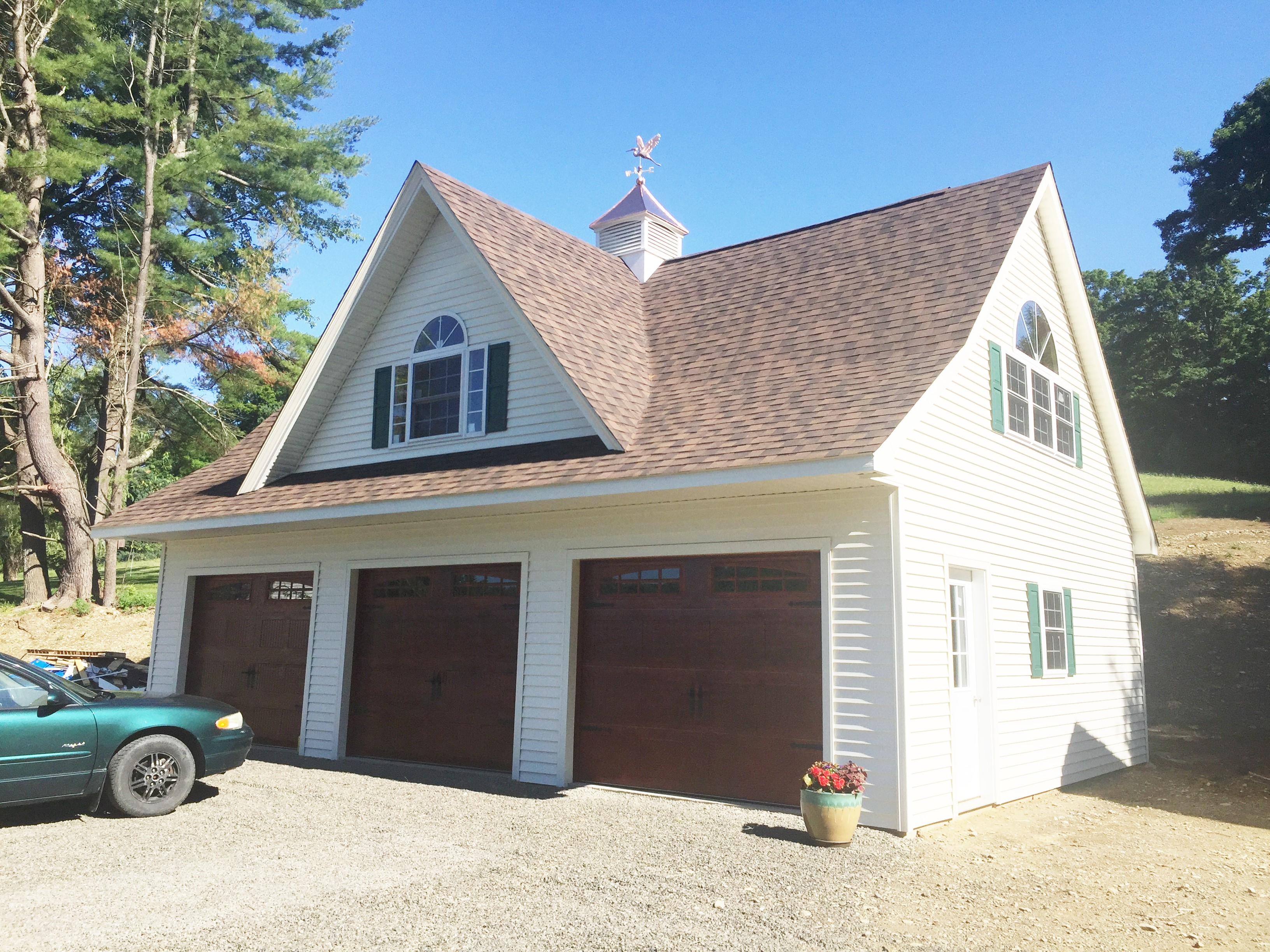 Built On-Site Custom Amish Garages in Oneonta, NY | Amish