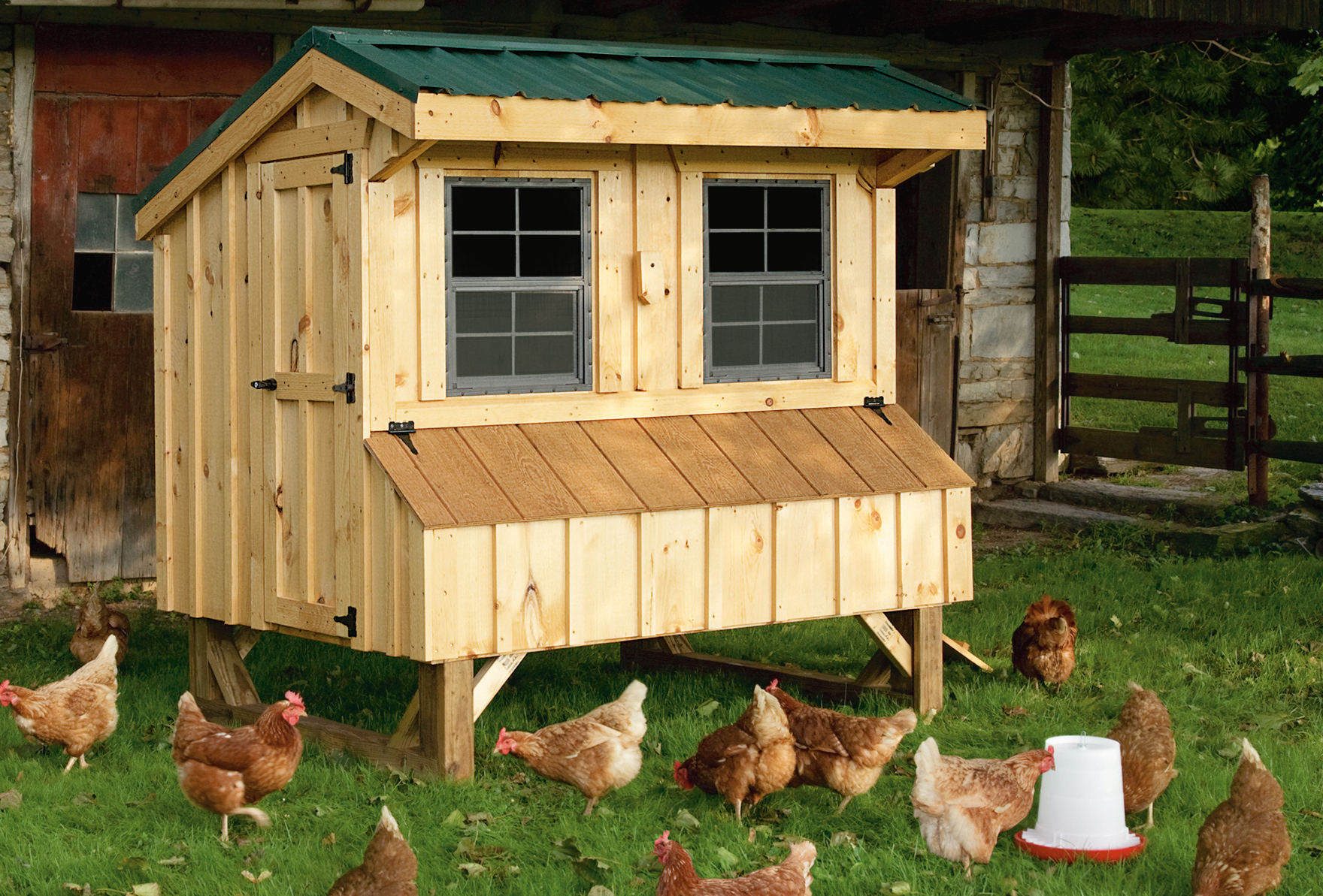 Handmade amish chicken coop barn hosue in oneonta ny for Chicken coop size for 6 chickens